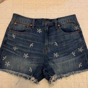 EEUC Madewell daisy flora embroidered denim shorts